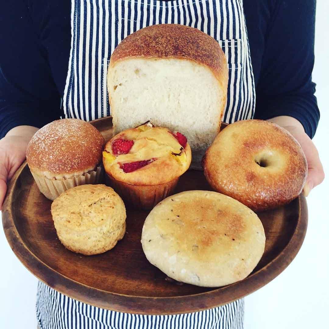 BAKER パンとお菓子の販売