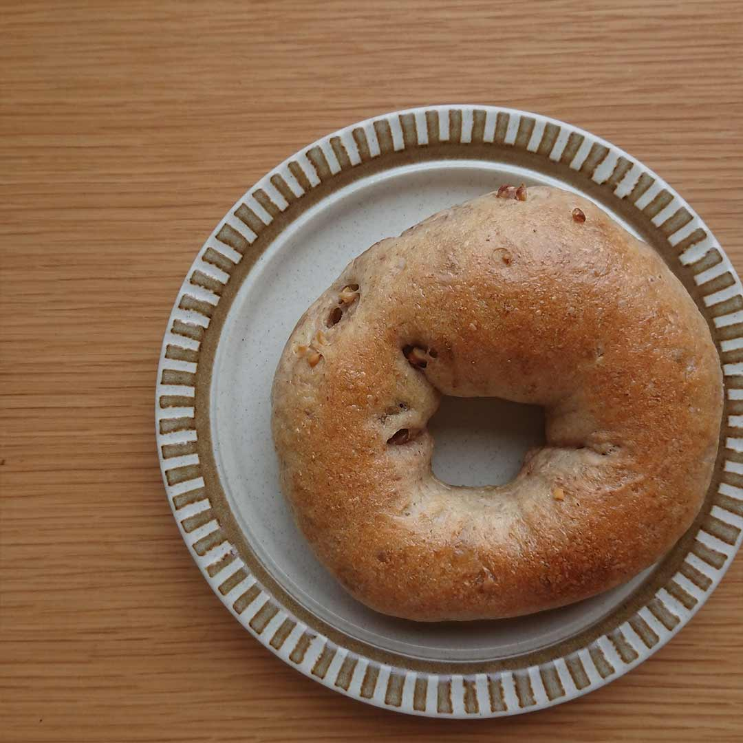 七穀ベーカリー パンとおいしいものの販売